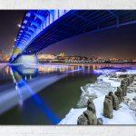 Most Śląsko-Dąbrowski i Zamek Królewski nocą fotoobraz